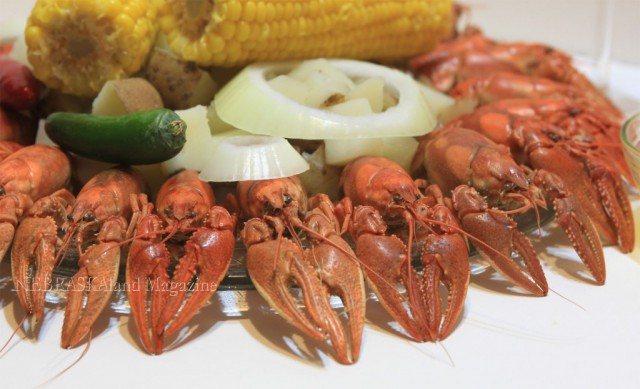 plate-of-crawdads